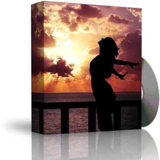 Caja con CD. La carátula de la caja muestra mujer expresando sentimiento de libertad, y sol brillando tras nubes oscuras de fondo